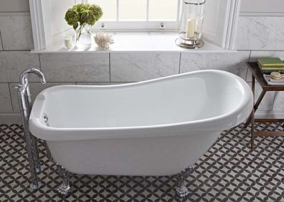 Claremont slipper bath over head view_Lifestyle
