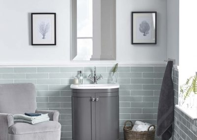 Marlborough 600mm freestanding curved charcoal unit face on